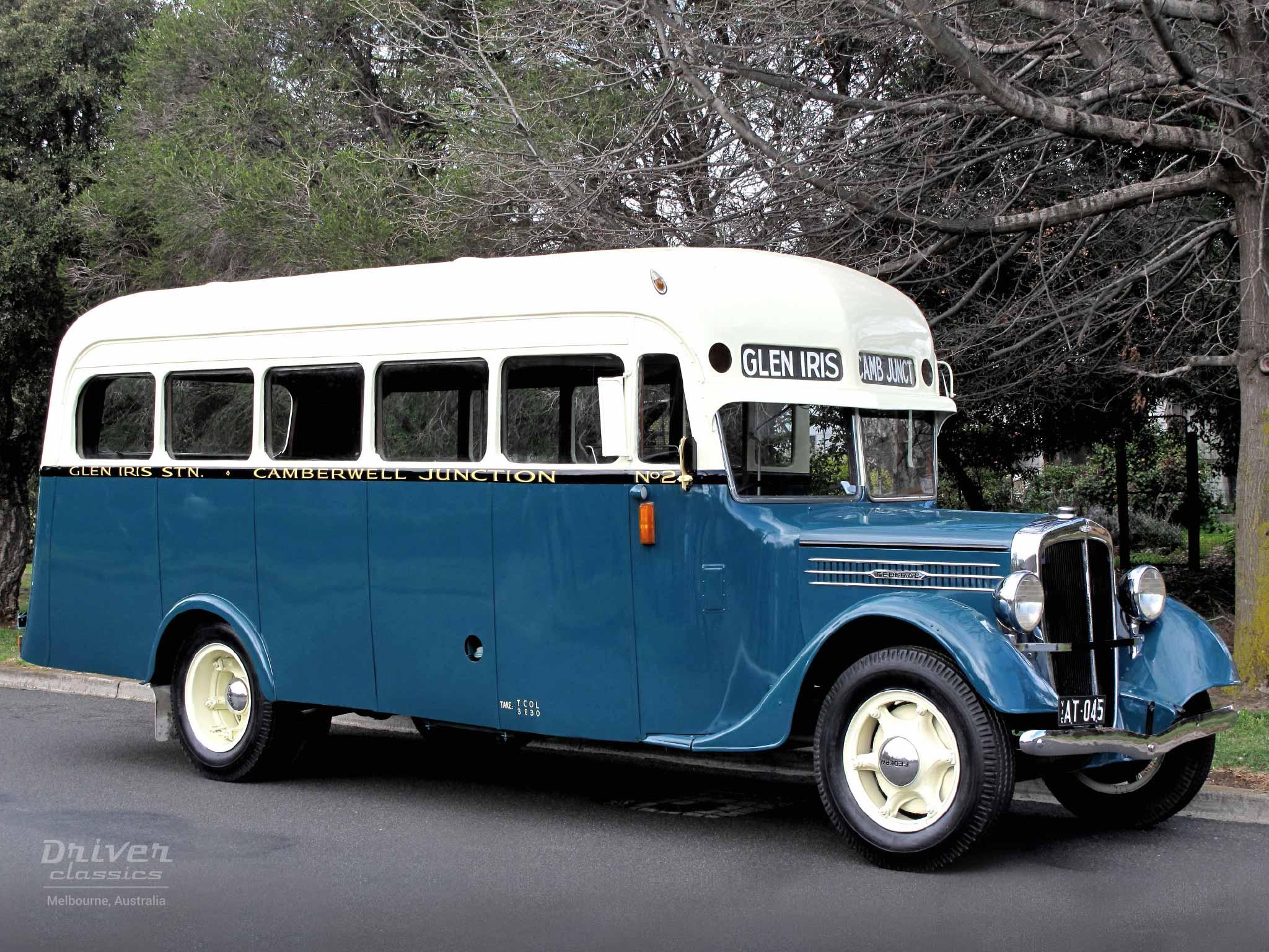 Federal Bus, 1936 model. Photo taken September 2009