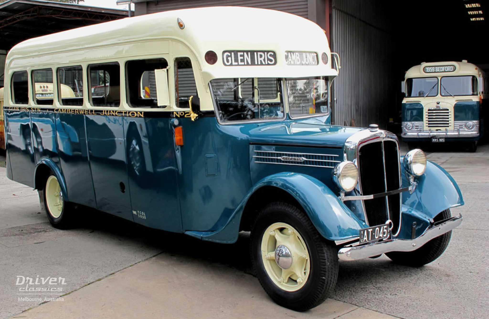 1936 Federal bus