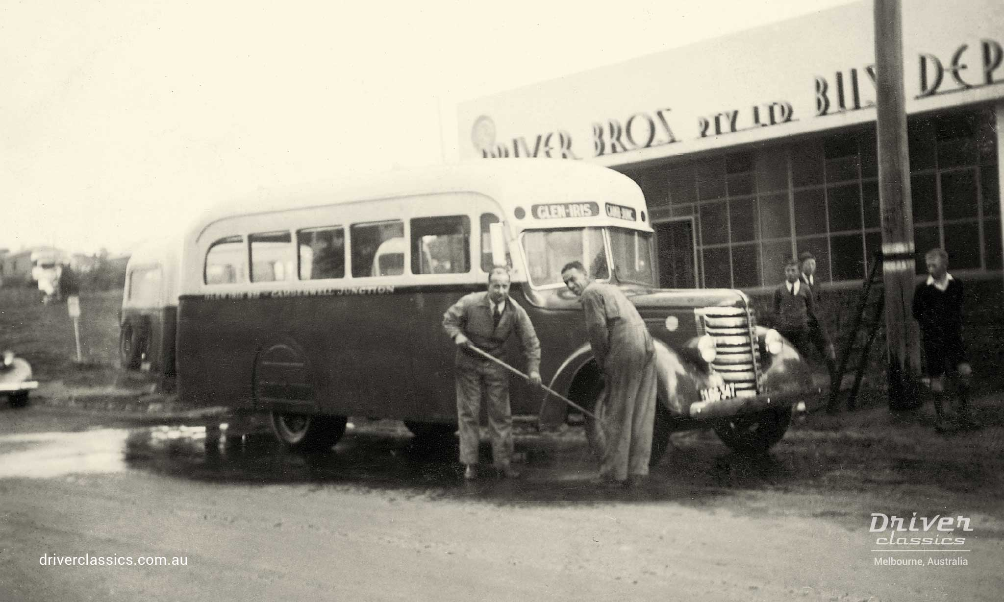 Federal Bus, with Martin & King 19 passenger body, being washed by Driver Brothers, photo taken early 1940s.