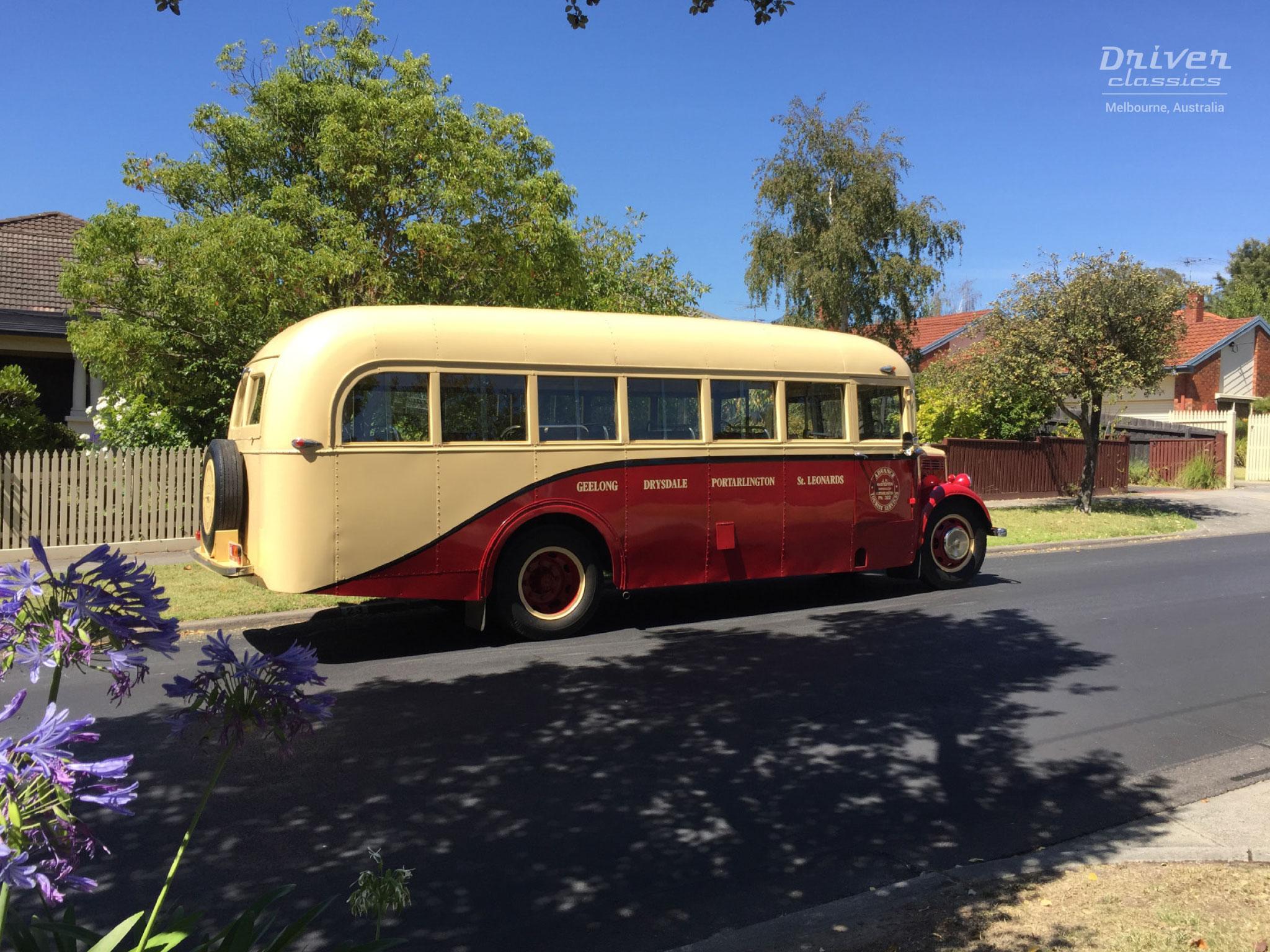 Bedford OB bus, 1946 model, side profile