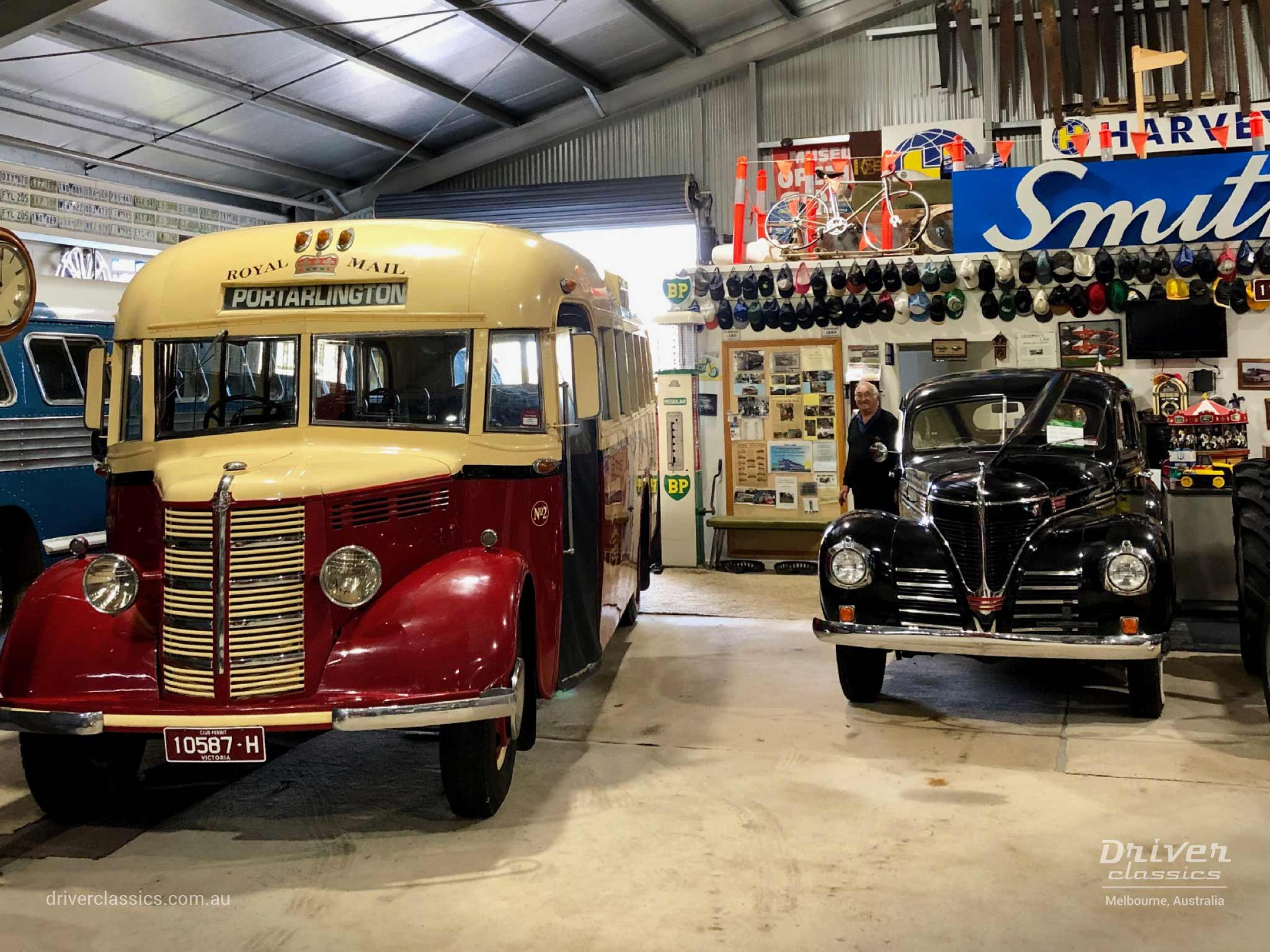 Bedford OB bus (1946 version) from front, at Glen Campe Motor Museum Hamilton, Victoria. Photo taken April 2019.
