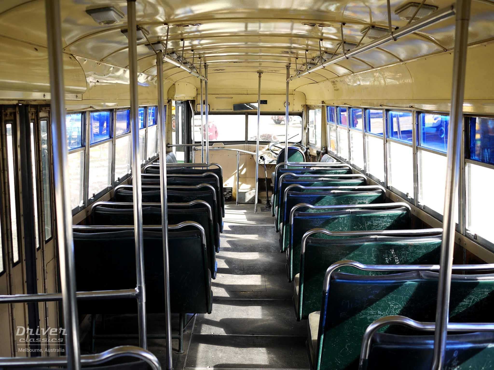 White 798-12 bus, 1948, interior
