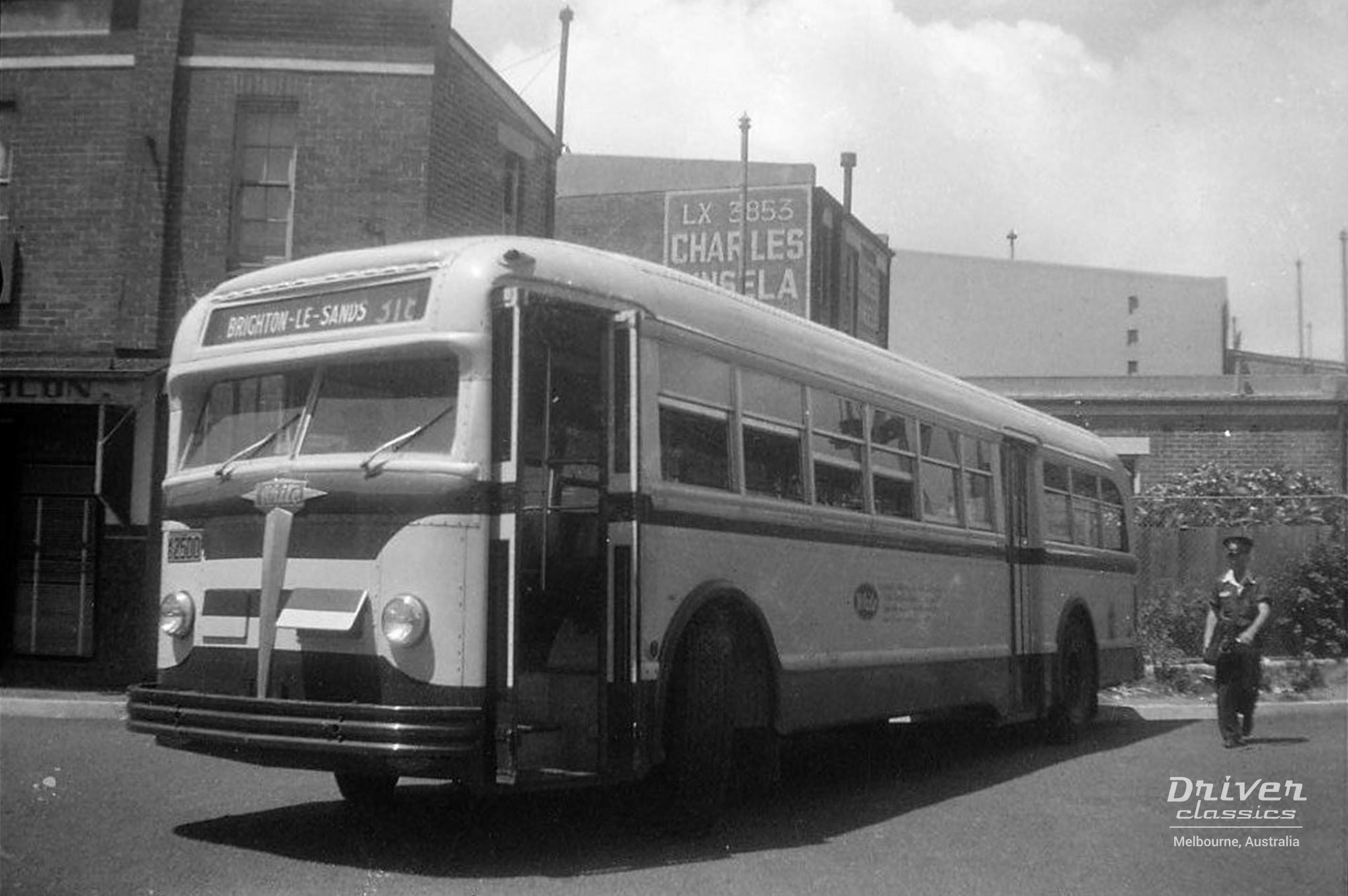 White 798-12 bus with mid 1950's paint scheme