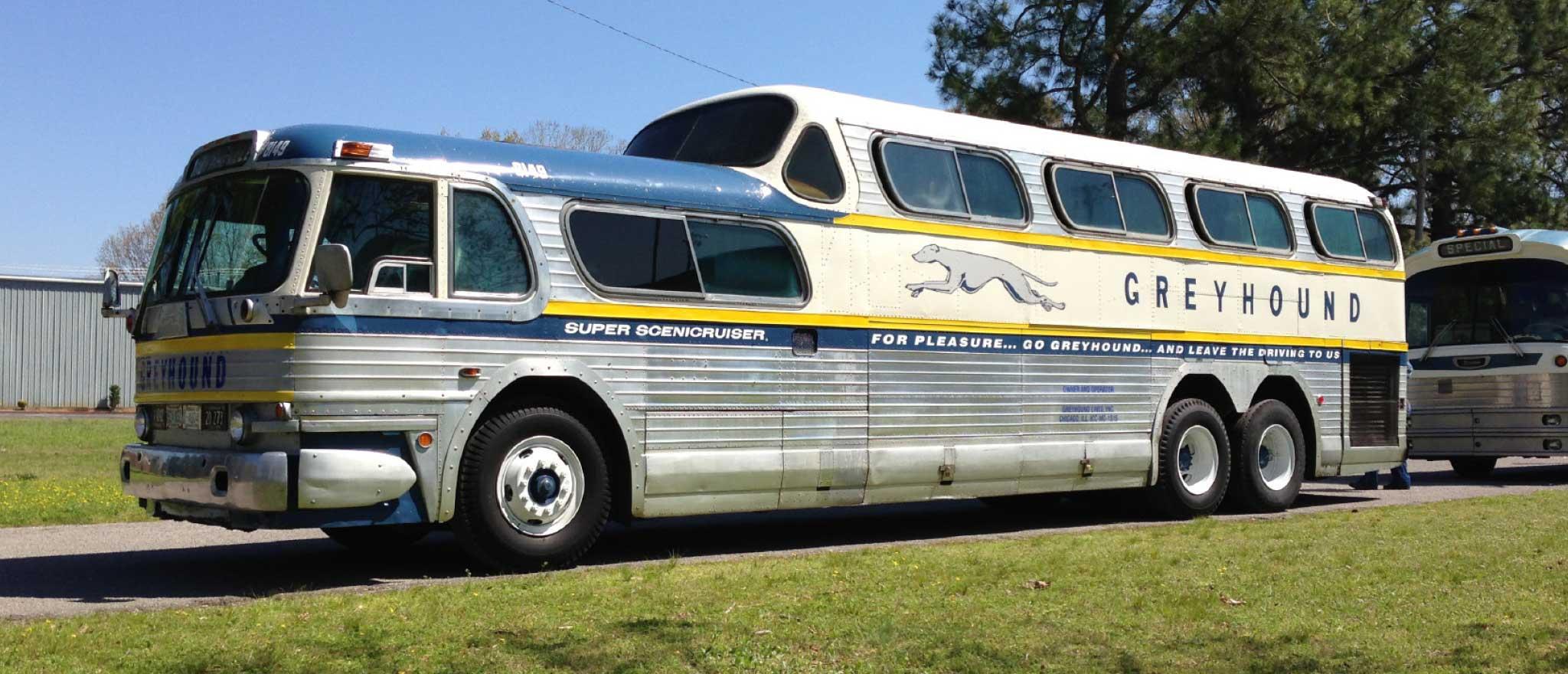 PD4501 Scenicruiser bus