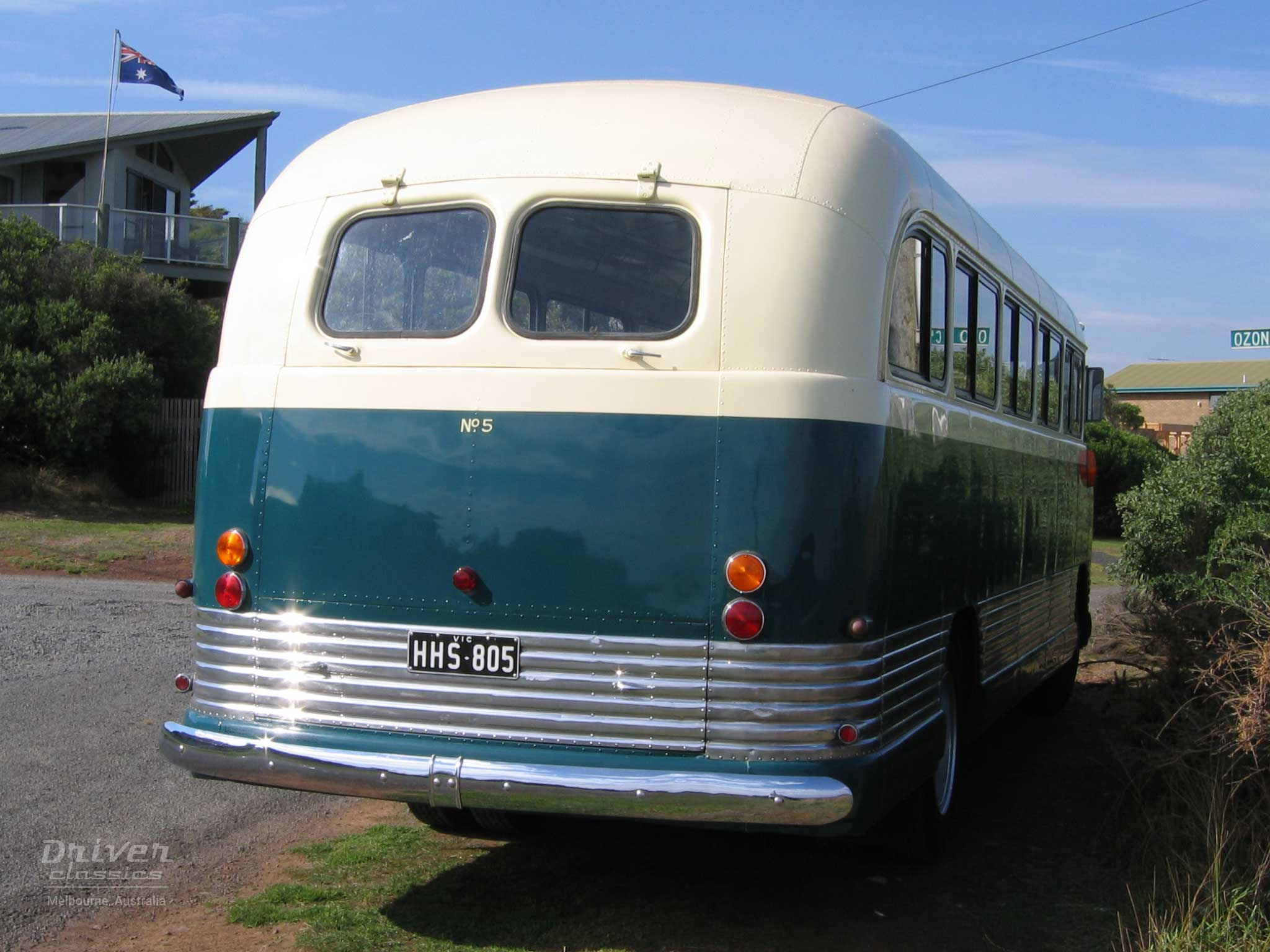 1959 Bedford SB3 bus back