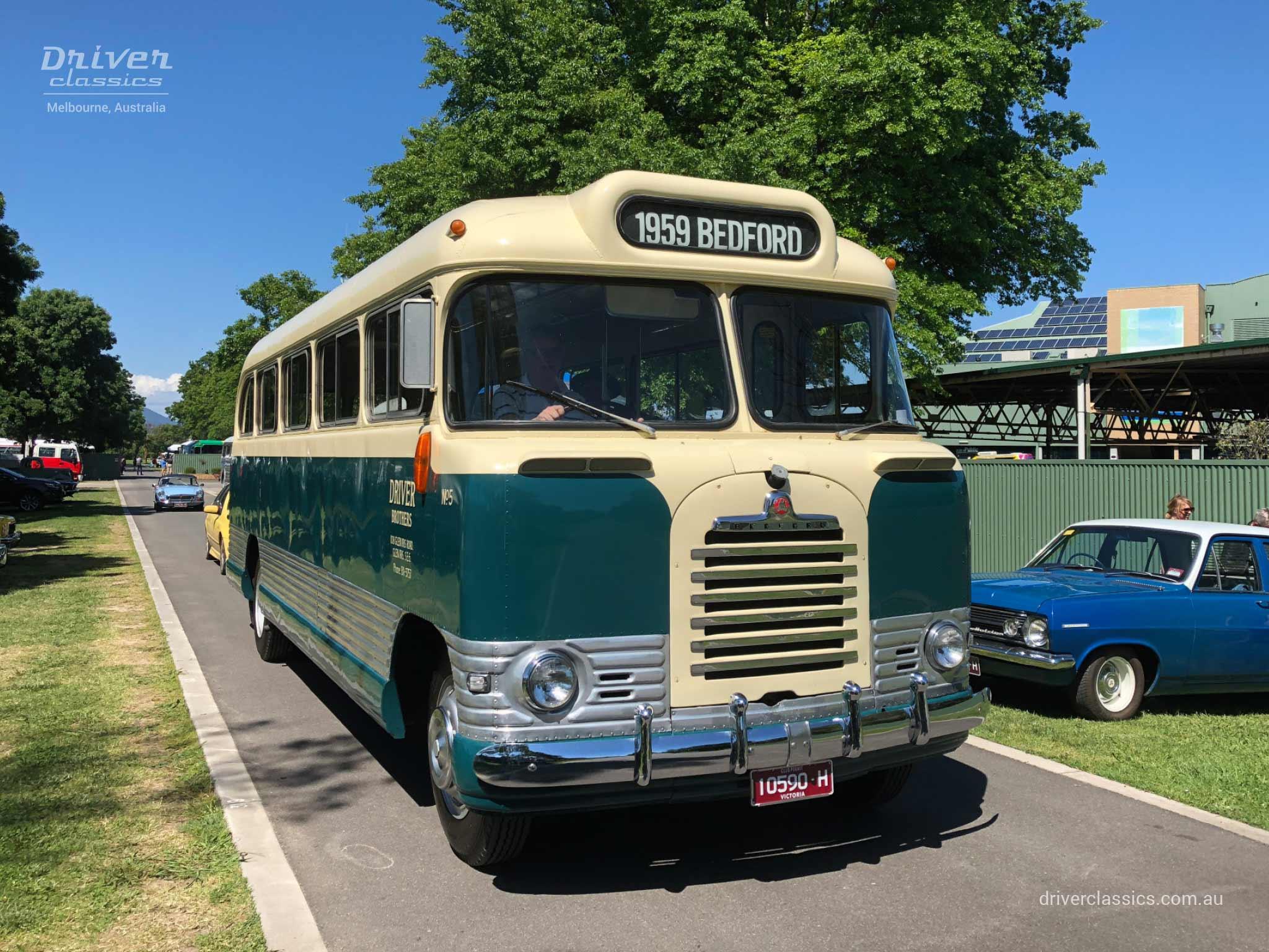 1959 Bedford SB3 bus front and side, 1959 version, Yarra Glen VIC, Photo taken November 2018