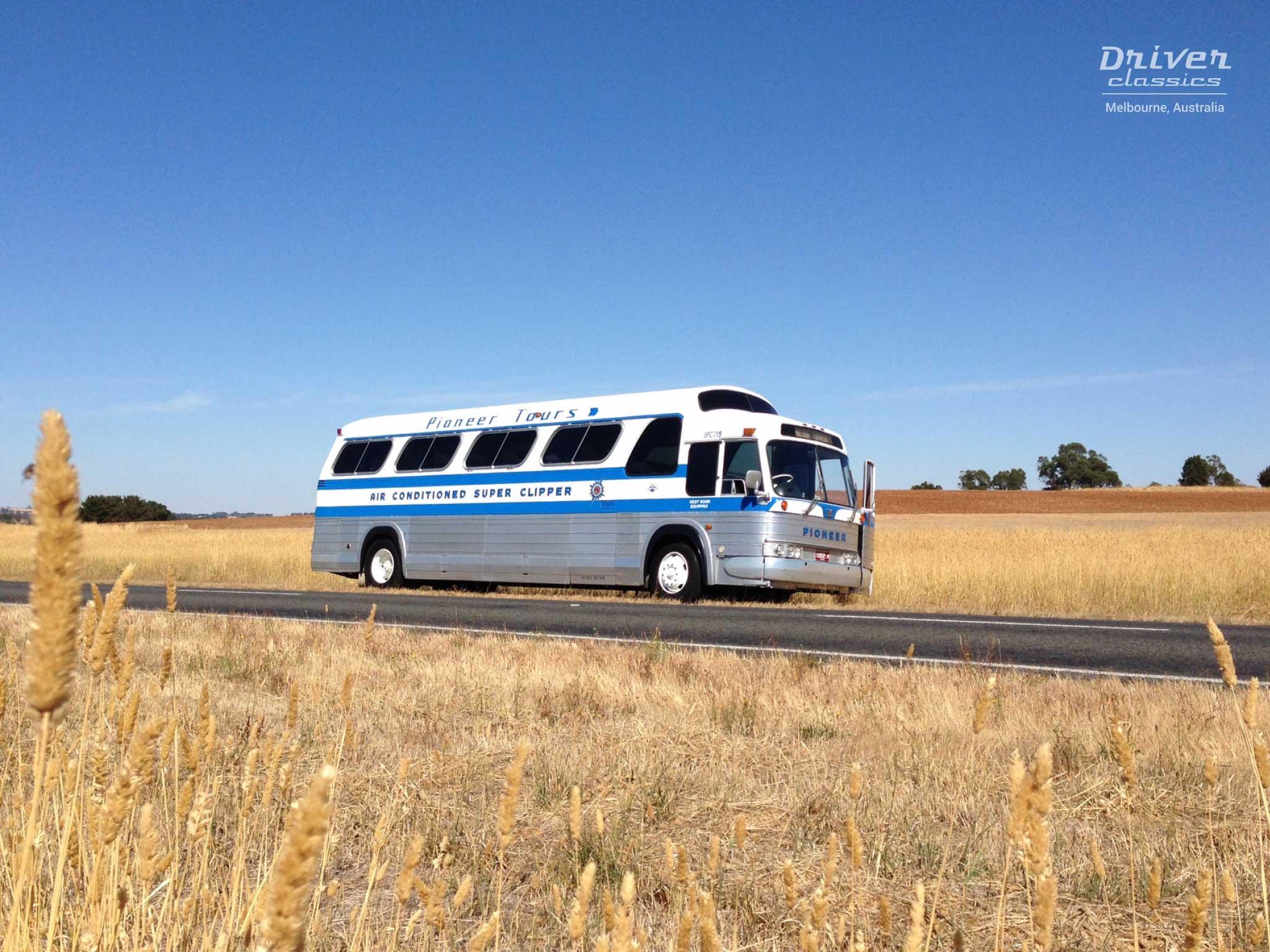 1968 GMC PD4107 bus