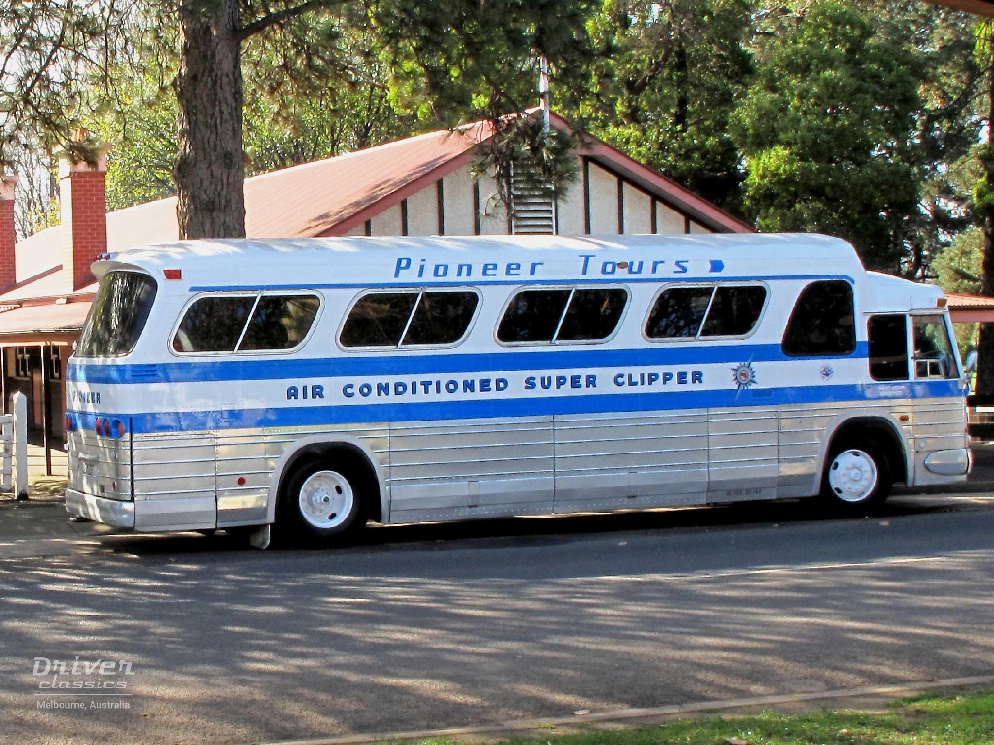 1968 GMC PD4107 coach at Emerald VIC