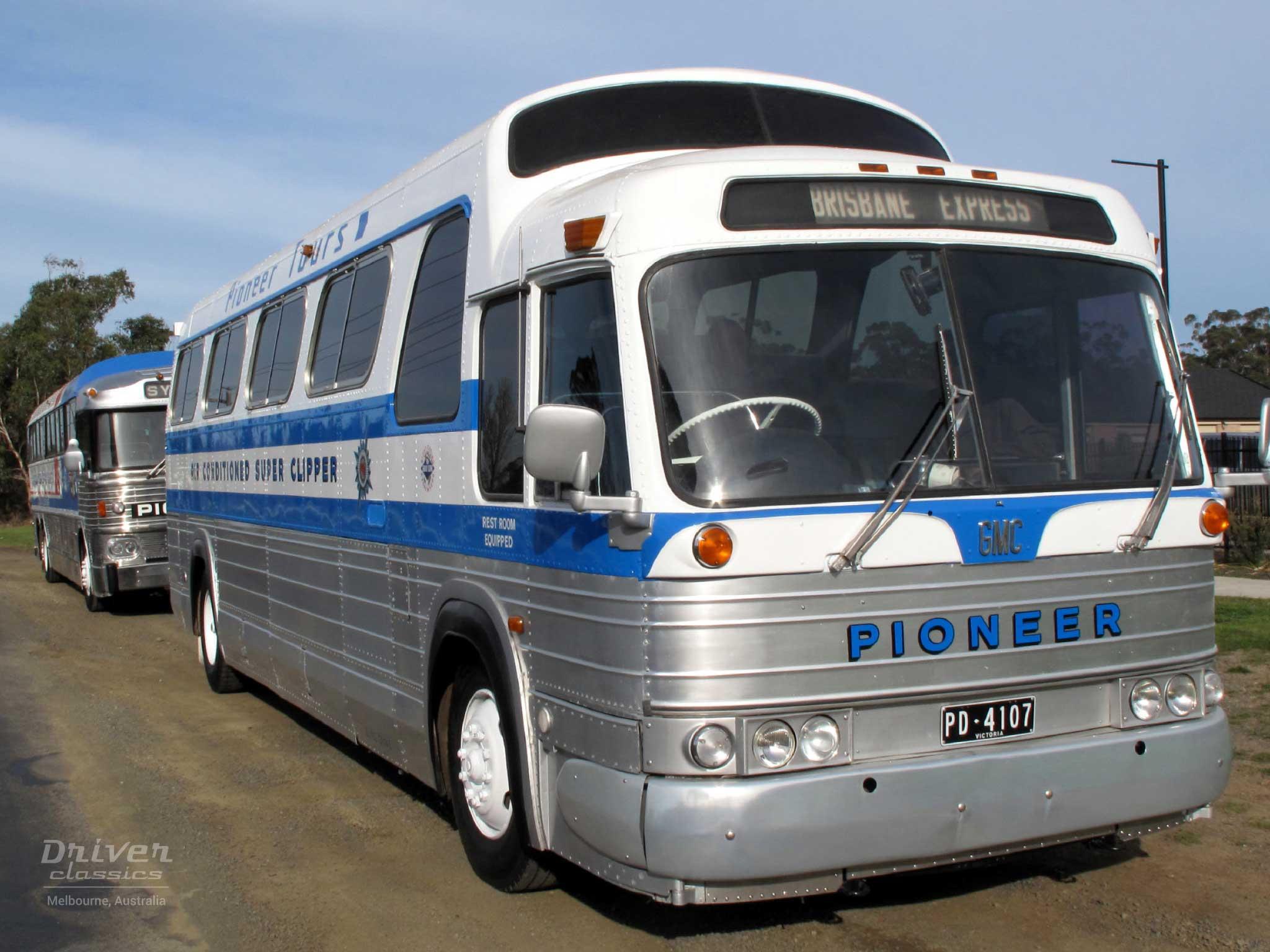 GMC PD 4107 bus. Photo taken April 2007
