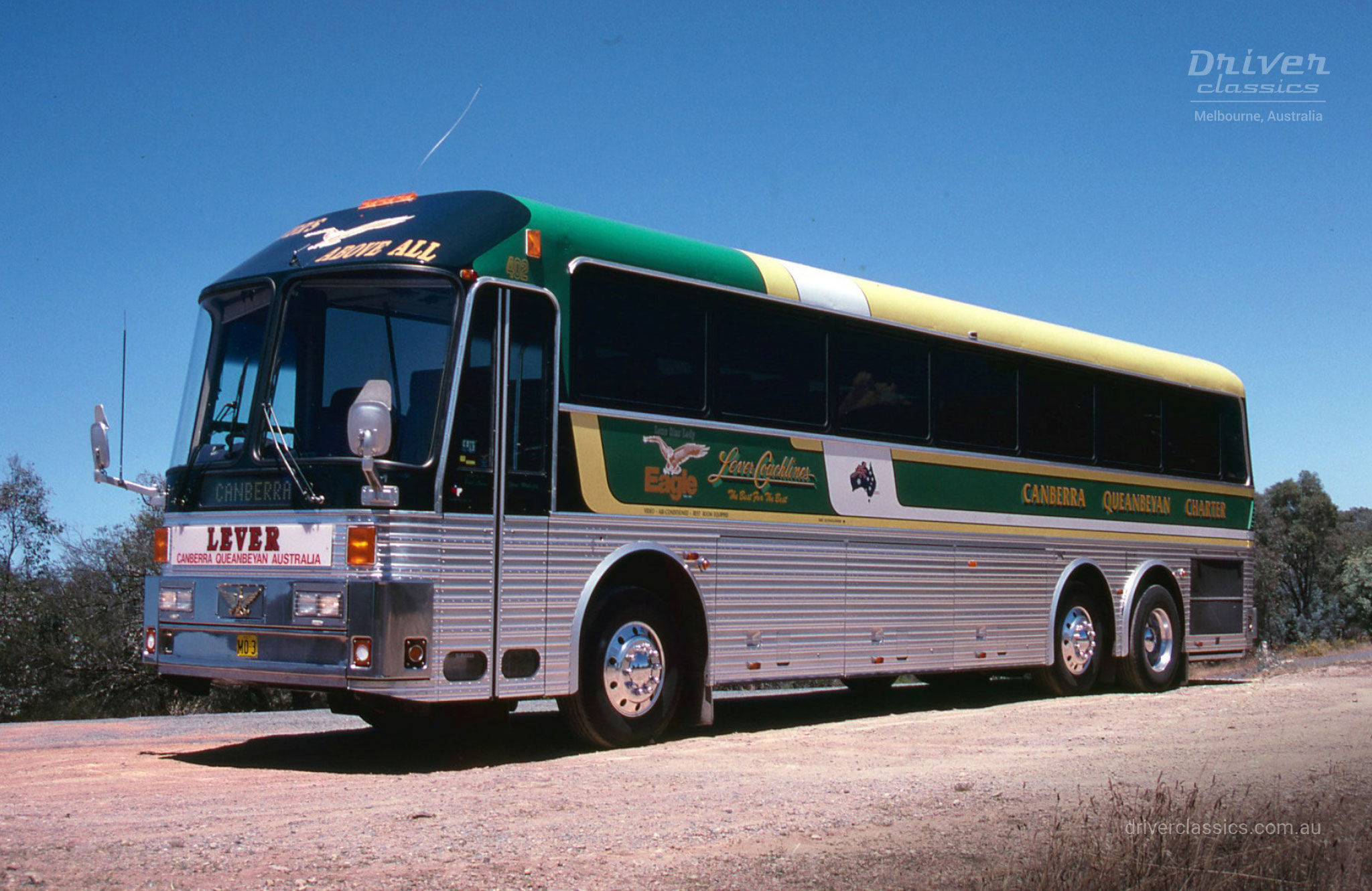 Eagle Model 20 bus, with no bullbar. Photo taken in Queanbeyan NSW in January 1990.