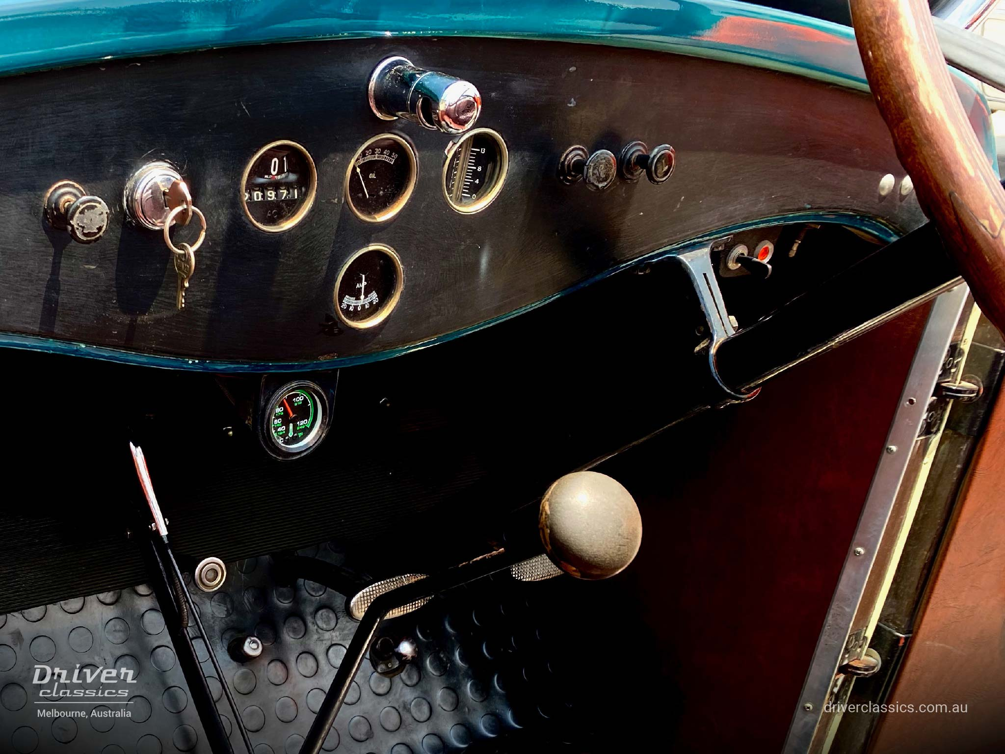 1929 Pontiac 29-6 car, dashboard and foot pedals, photo taken December 2019
