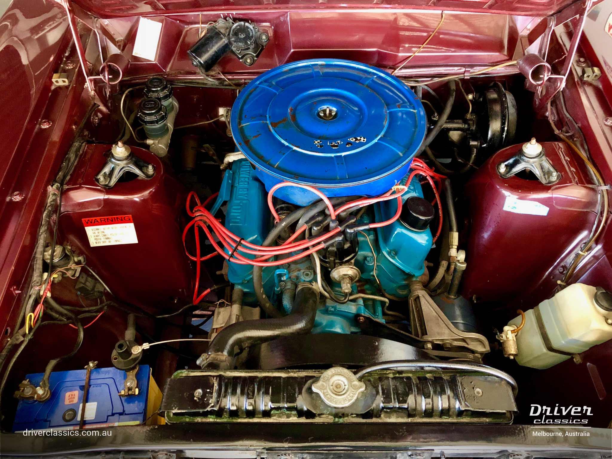 Ford Fairlaine 500 1968 version, engine bay, September 2018