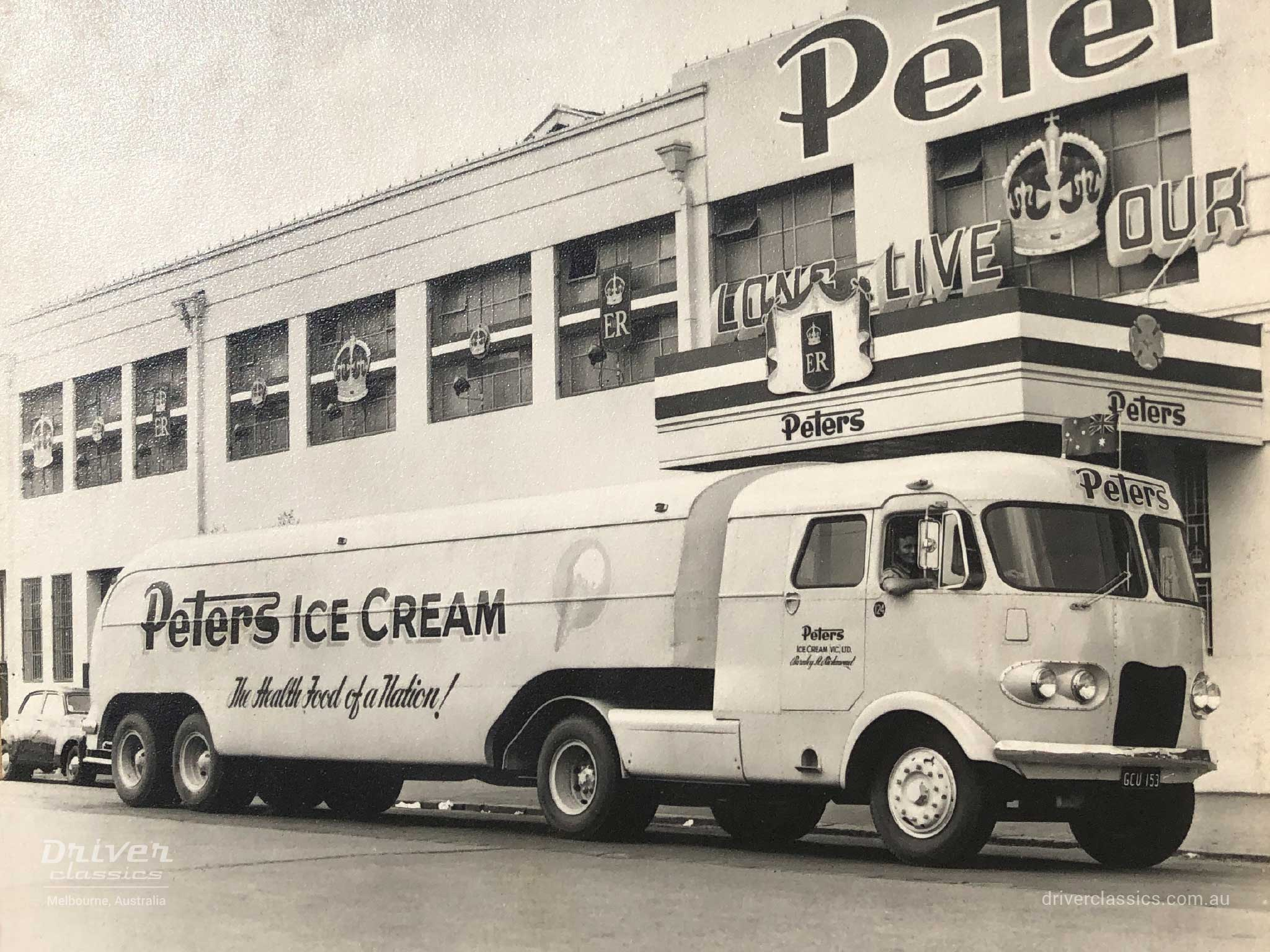 1950s Ansair truck for Peter's Ice Cream with Flxible Clipper styling features