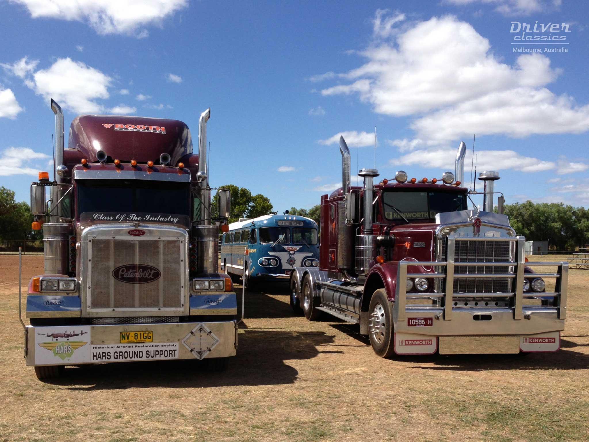 Kenworth W925 and Peterbuilt trucks