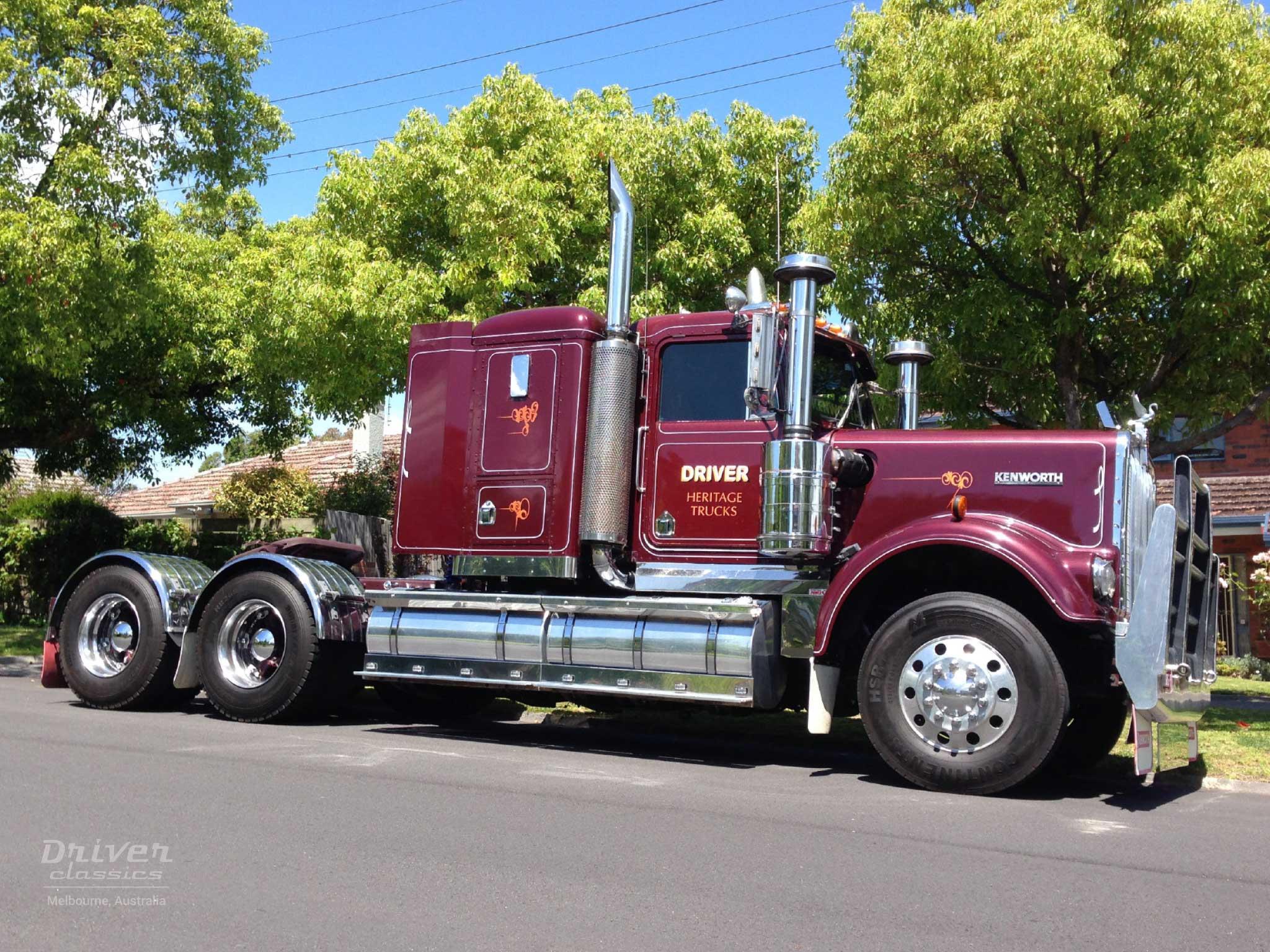 1986 Kenworth W925 truck