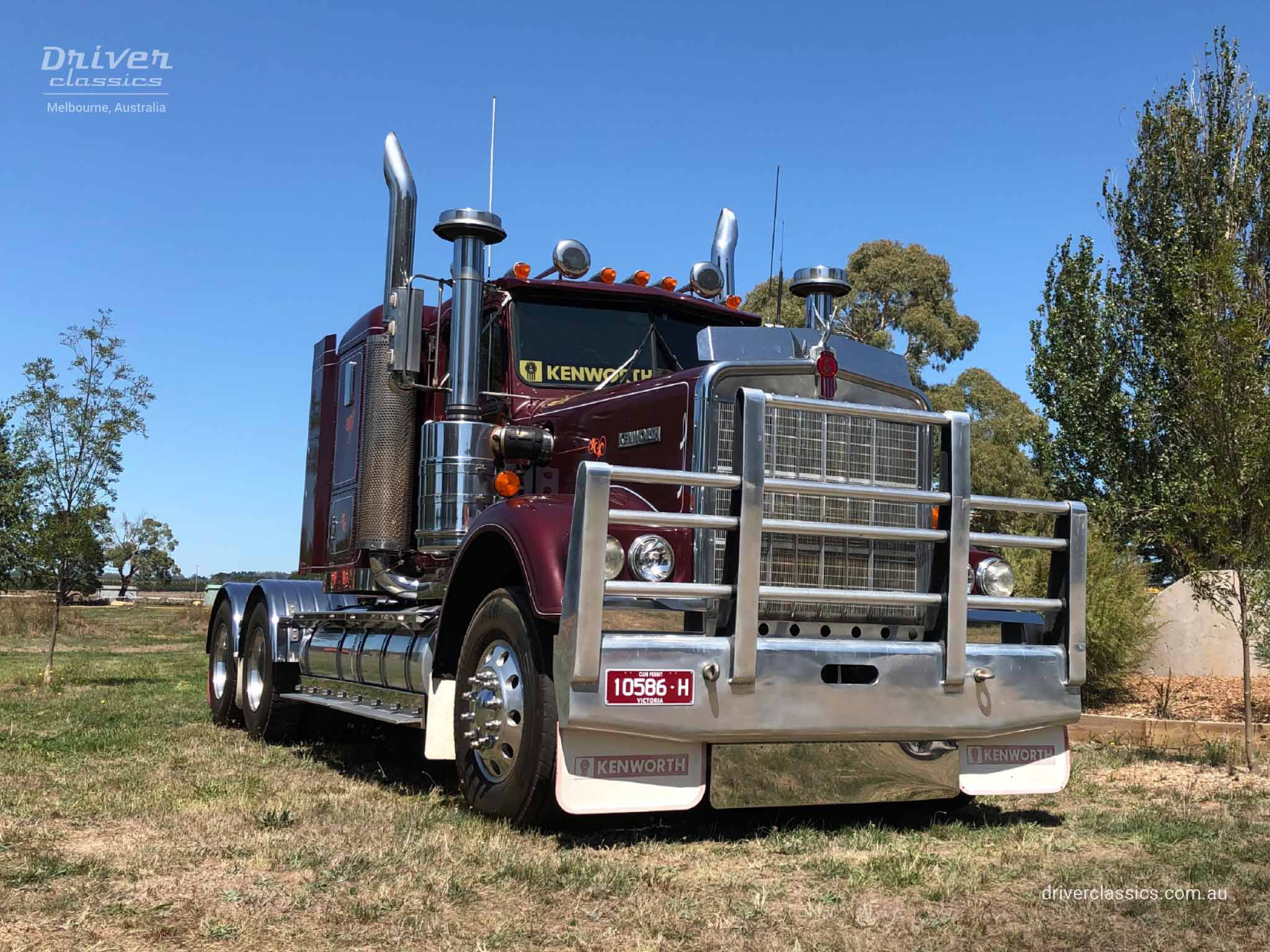 Kenworth W925 Truck, 1986 version, front and side, at Lancefield VIC, Photo taken Feb 2019