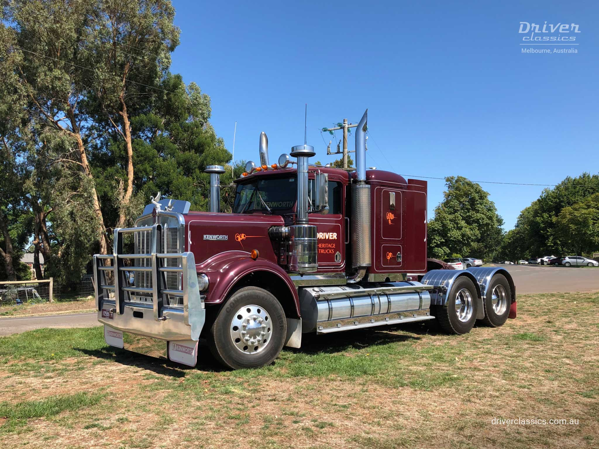 Kenworth W925 Truck, 1986 version, side and front, at Lancefield VIC, Photo taken Feb 2019