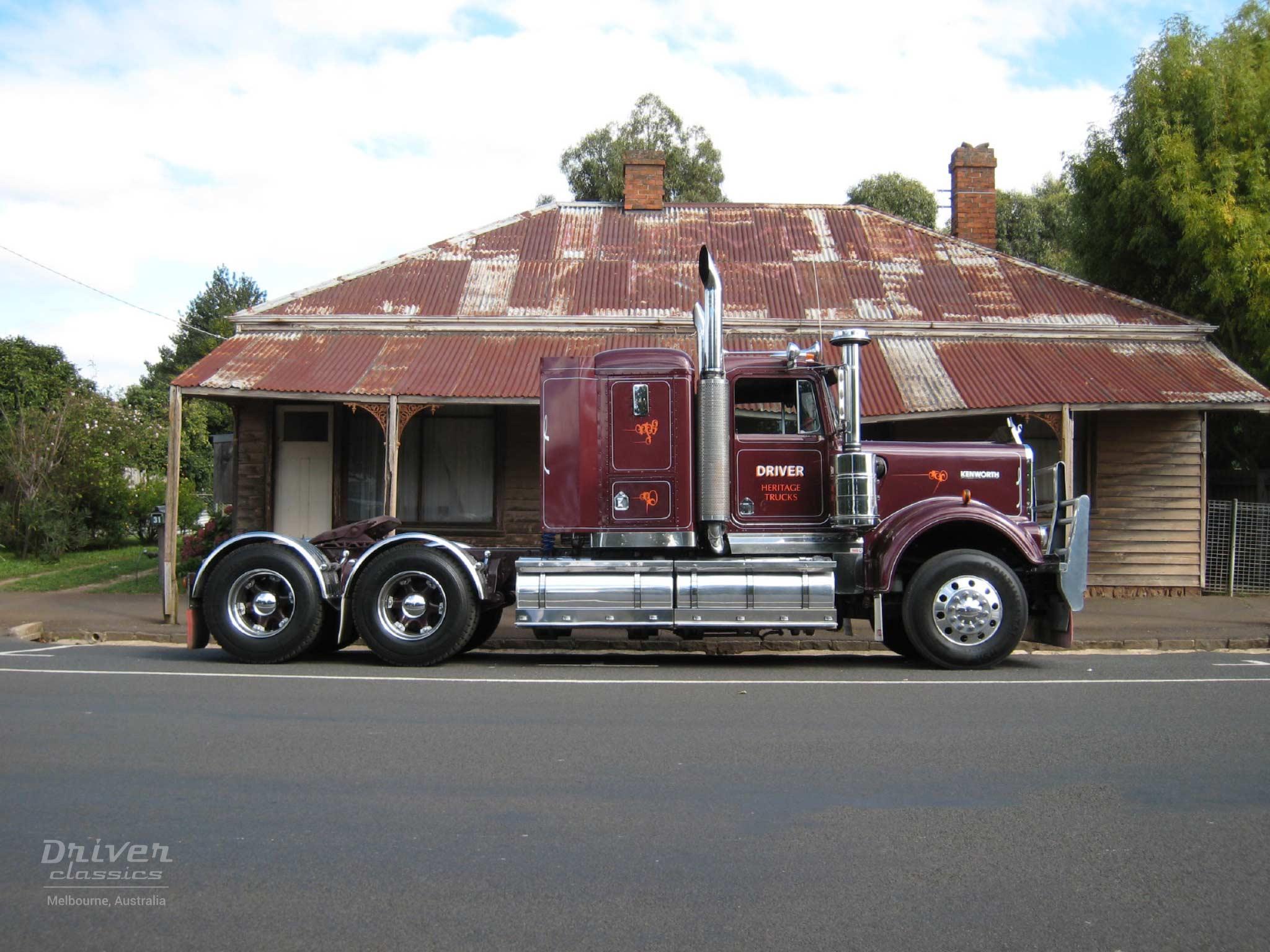 1986 Kenworth W925 truck side profile